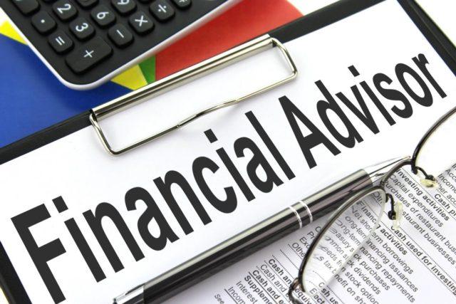 how-to-become-financial-advisor